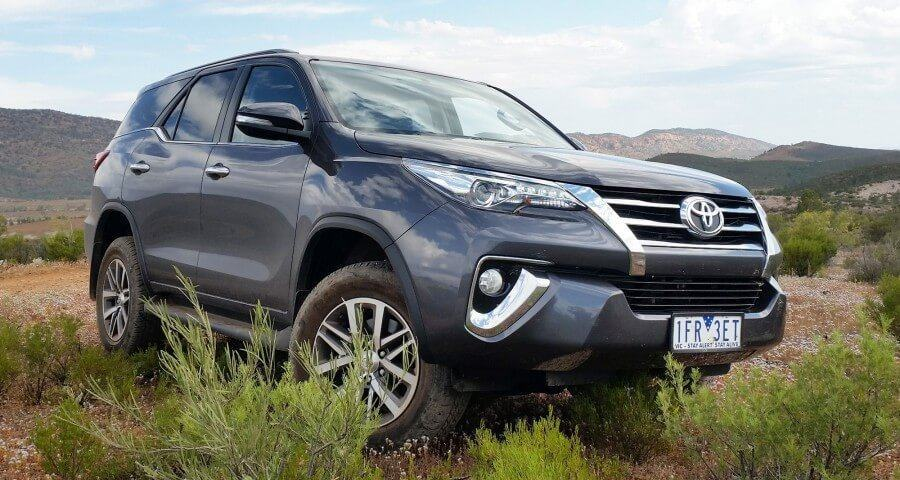 toyota fortuner 2017 gia dat nhung van ban chay