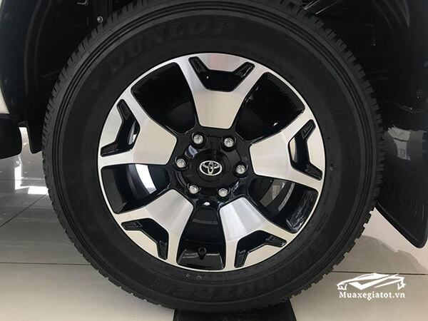 toyota-hilux-2018-2019-2-8-g-4-4-at-muaxegiatot-vn-1