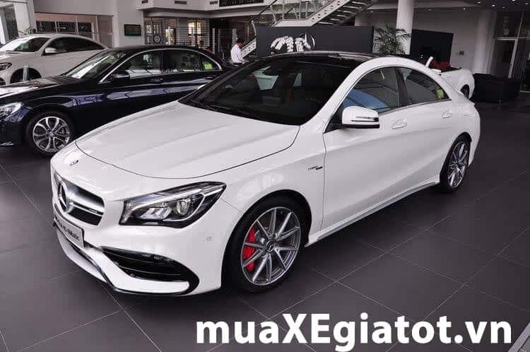 Mercedes Benz CLA45 2017