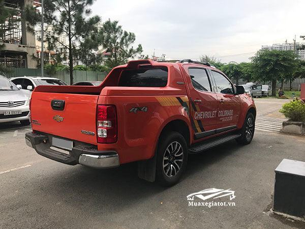 duoi-xe-chevrolet-colorado-2018-high-country-muaxegiatot-vn-28