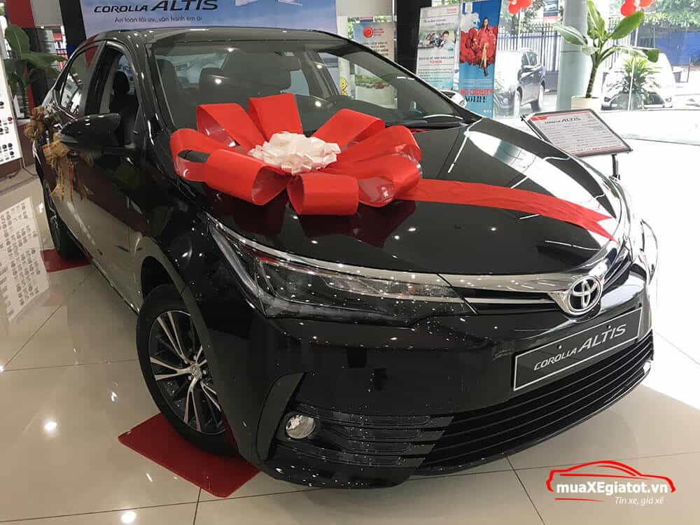 Toyota Altis 2.0V CVT Luxury 2018