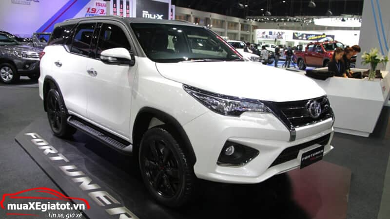 toyota fortuner trd sportivo 2018 muaxegiatot vn 1 - Đánh giá Toyota Fortuner TRD Sportivo 2018 ra mắt tại Thái lan - Muaxegiatot.vn