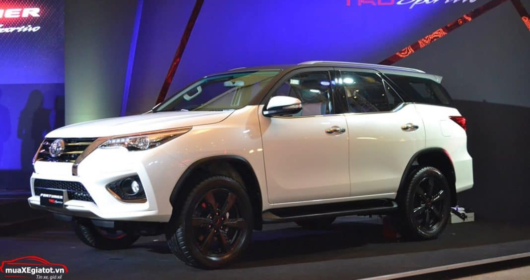toyota fortuner trd sportivo 2018 muaxegiatot vn 8 - Đánh giá Toyota Fortuner TRD Sportivo 2018 ra mắt tại Thái lan - Muaxegiatot.vn