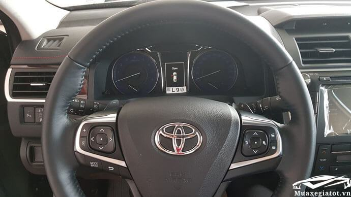 vo lang tay lai xe camry 2.5q 2018