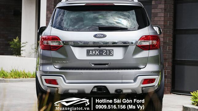 gia-xe-ford-everest-2018-muaxegiatot-vn-duoi-xe-2