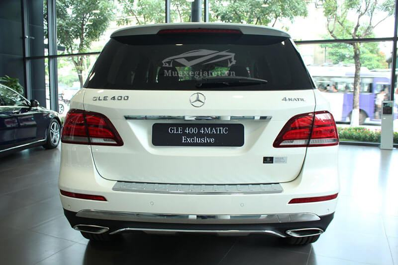 Duoi-xe-Mercedes-GLE-450-4Matic-Exclusive-2018-Muaxegiatot-vn