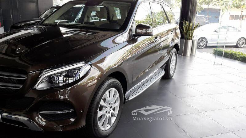 Hinh-anh-Mercedes-GLE-400-4Matic-Muaxegiatot-vn-11