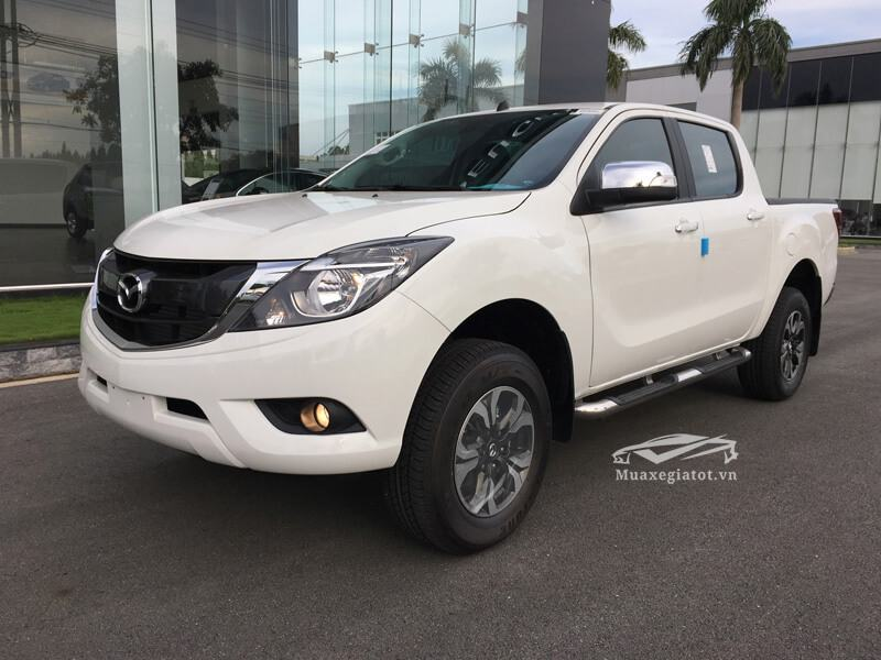 Mazda-BT50-2-2L-4-2-AT-Facelift-2017-2018-2019-1