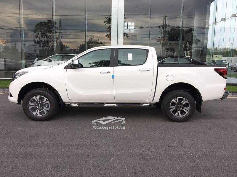 Mazda-BT50-2-2L-4-2-AT-Facelift-2017-2018-2019-3