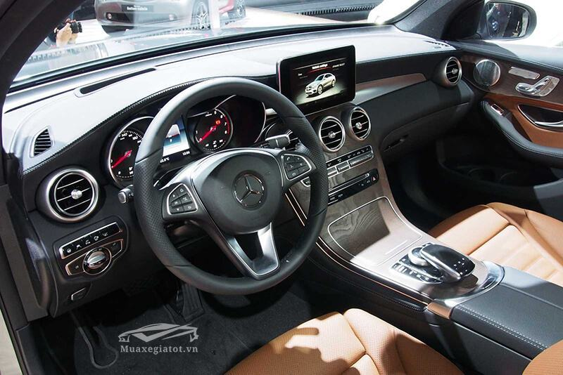 noi that xe mercedes glc 300 4matic coupe 2018