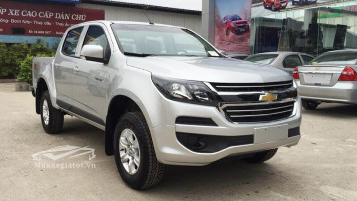 chevrolet colorado 2.5VGT 4x2 at lt so tu dong 1 cau