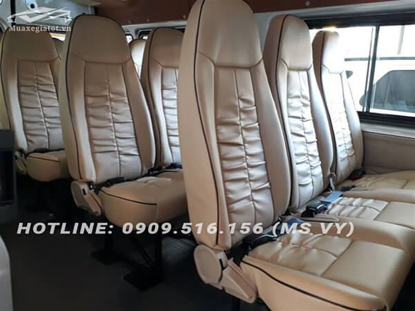 hang ghe xe ford transit 2018