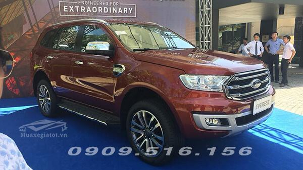 ford-everest-2018-2019-muaxegiatot-vn-4