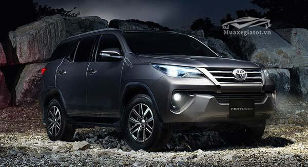 toyota fortuner 2018 mới
