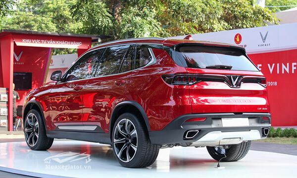 duoi-xe-vinFast-lux-sa20-2019-suv-muaxegiatot-vn-9