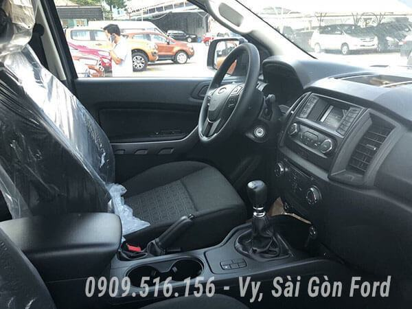 noi-that-xe-ford-ranger-xls-2019-so-san-muaxegiatot-vn