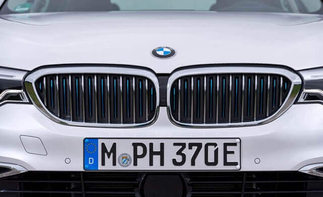 calang-xe-BMW-530e-plug-in-hybrid-muaxegiatot-vn