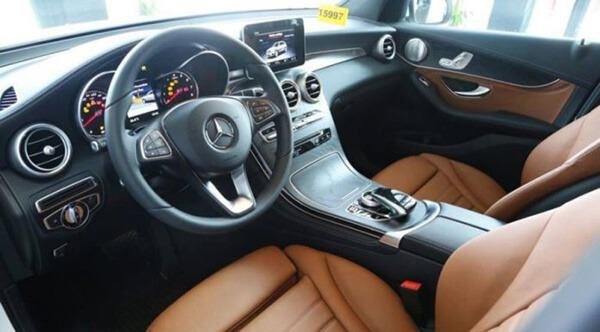 noi-that-mau-nau-mercedes-glc-300-4matic-2019-muaxegiatot-vn-29