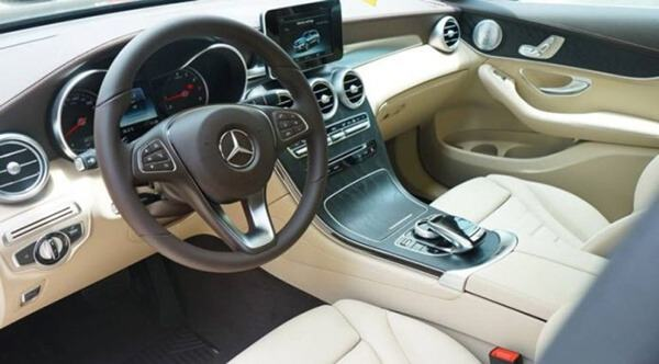 noi-that-mau-sang-mercedes-glc-300-4matic-2019-muaxegiatot-vn-28