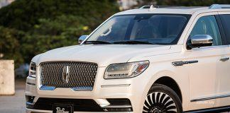 Muaxegiatot-vn-Lincoln-Navigator-Black-Label-review (3)