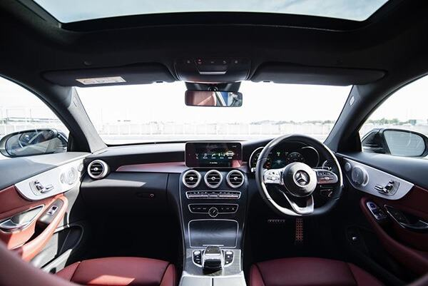 noi-that-xe-mercedes-c200-coupe-2019-muaxegiatot-vn