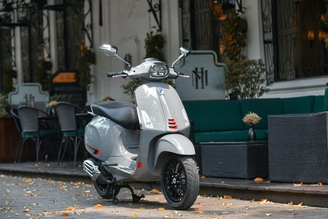 vanh-banh-xe-12inch-vespa-sprint-s-2019-muaxegiatot-vn