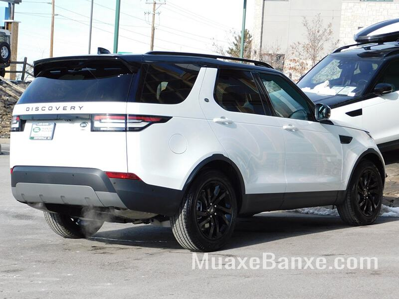duoi-xe-land-rover-discovery-se-2019-muaxegiatot-vn