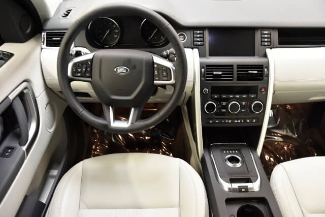tien-nghi-tren-xe-land-rover-discovery-sport-se-2019-muaxegiatot-vn