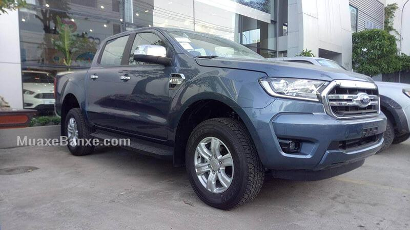 xe-mau-xanh-ford-ranger-xlt-at-2019-2020-muaxegiatot-vn-1