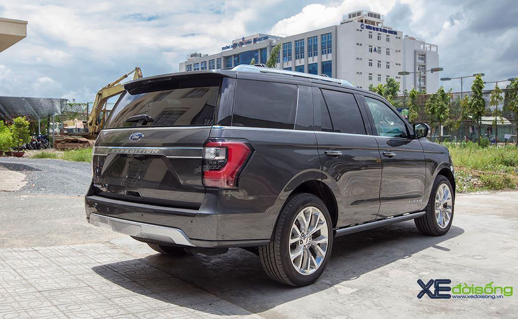 duoi-xe-ford-expedition-2020-platinum-Xetot-com