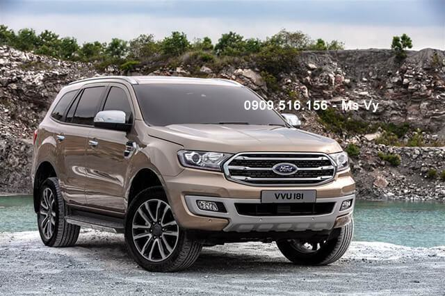 gia-xe-ford-everest-2019-2020-Xetot-com