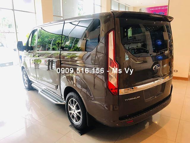 hong-xe-ford-tourneo-2019-2020-Xetot-com