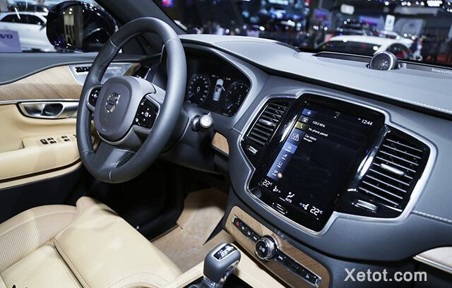 tien-nghi-volvo-xc90-2020-facelift-muaxegiatot-vn