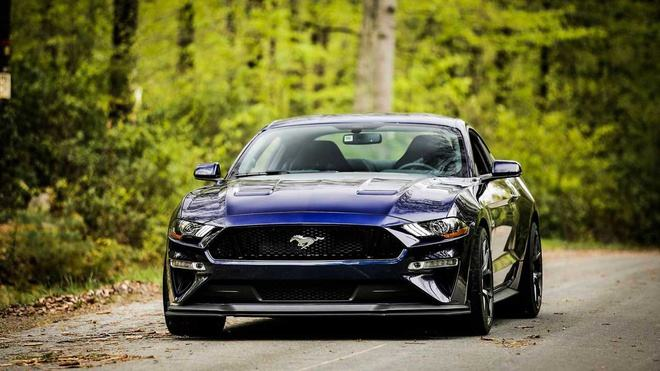 best-sports-car-ford-mustang