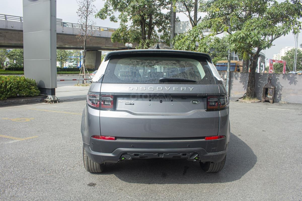 duoi-xe-land-rover-discovery-sport-s-2020-muaxegiatot-vn