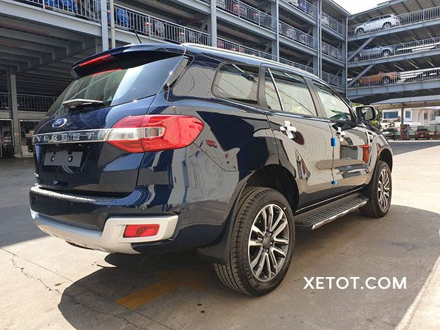 duoi-xe-ford-everest-2020-muaxegiatot-vn