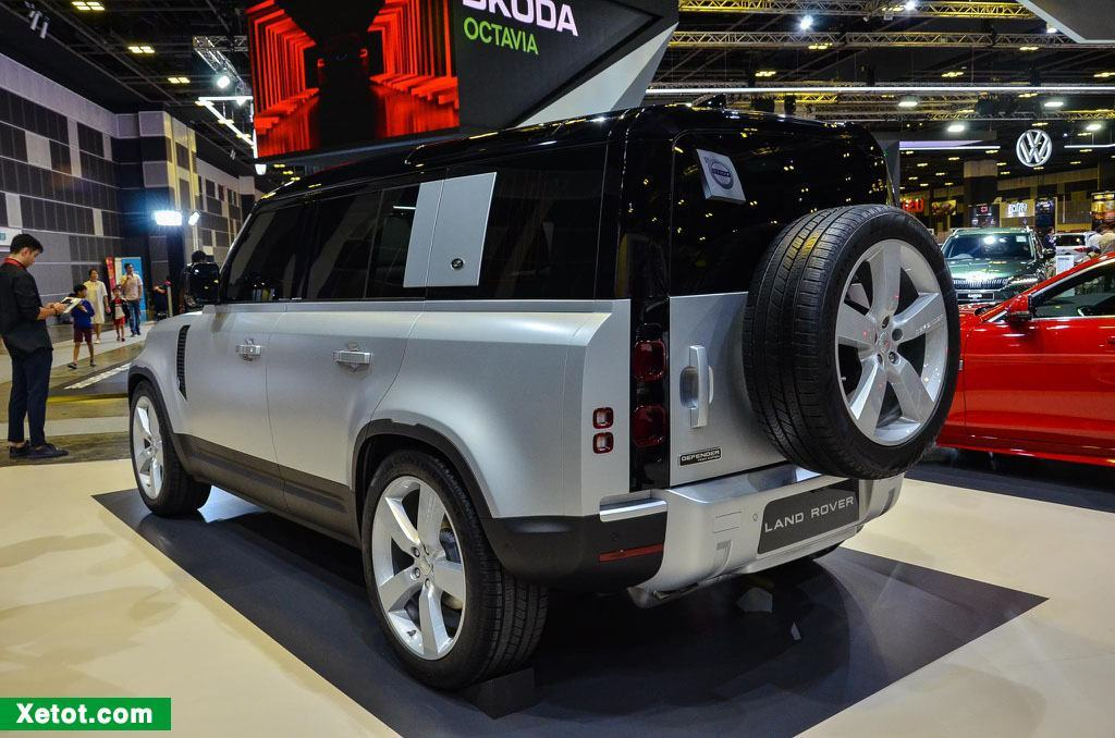 duoi-xe-land-rover-defender-first-edition-2020-muaxegiatot-vn