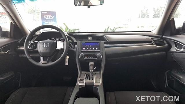noi-that-honda-civic-18e-2020-muaxegiatot-vn