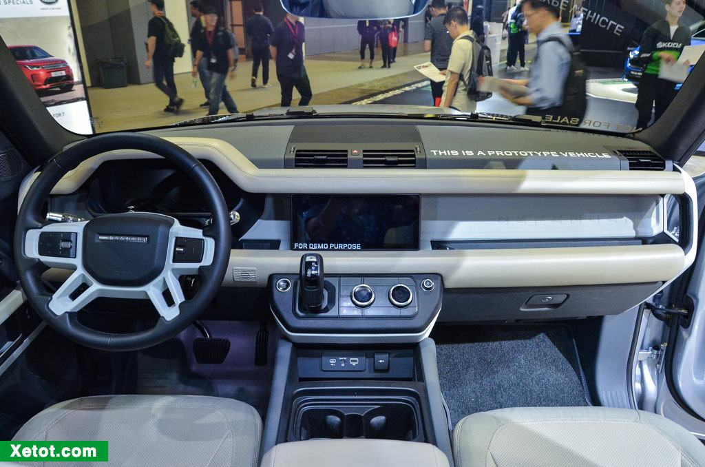 noi-that-xe-land-rover-defender-first-edition-2020-muaxegiatot-vn