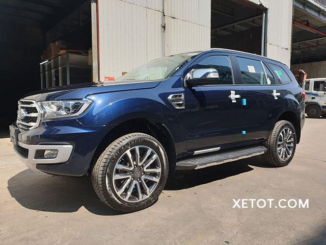 than-xe-ford-everest-2020-muaxegiatot-vn
