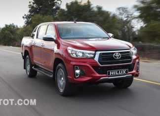 toyota-hilux-xe-ban-tai-tot-nhat-2020-theo-autocar-muaxegiatot-vn