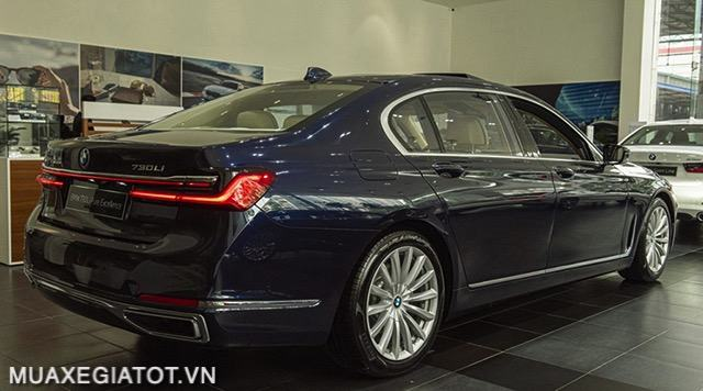 than-xe-bmw-730li-pure-excellent-2020-2021-muaxegiatot-vn-1