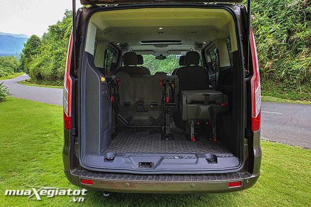 4-cop-xe-ford-tourneo-2020-2021-muaxegiatot-vn