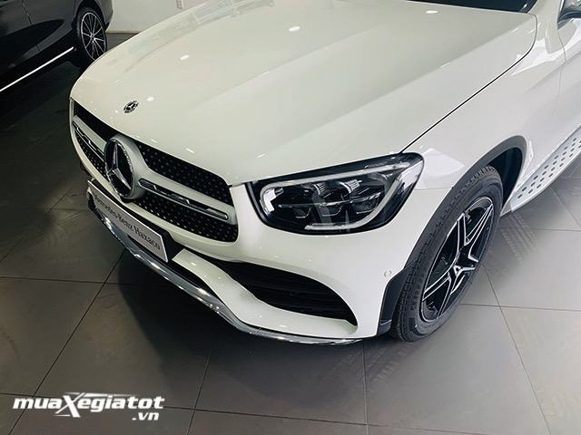 can-truoc-xe-mercedes-glc-300-coupe-2020-2021-muaxegiatot-vn-8