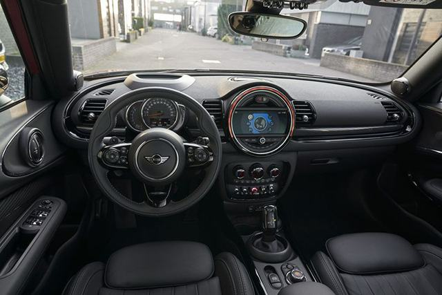 noi-that-mini-clubman-2020-2021-muaxegiatot-vn