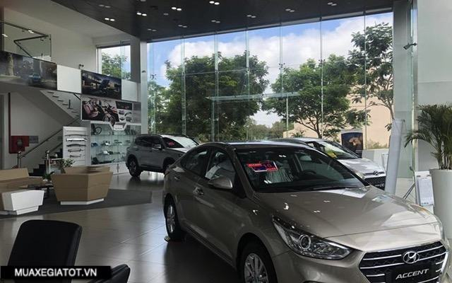 showroom-hyundai-long-an-muaxegiatot-vn