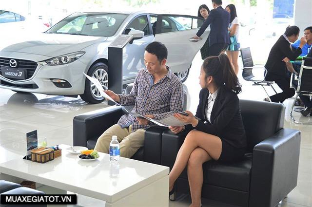showroom-mazda-long-an-muaxegiatot-vn