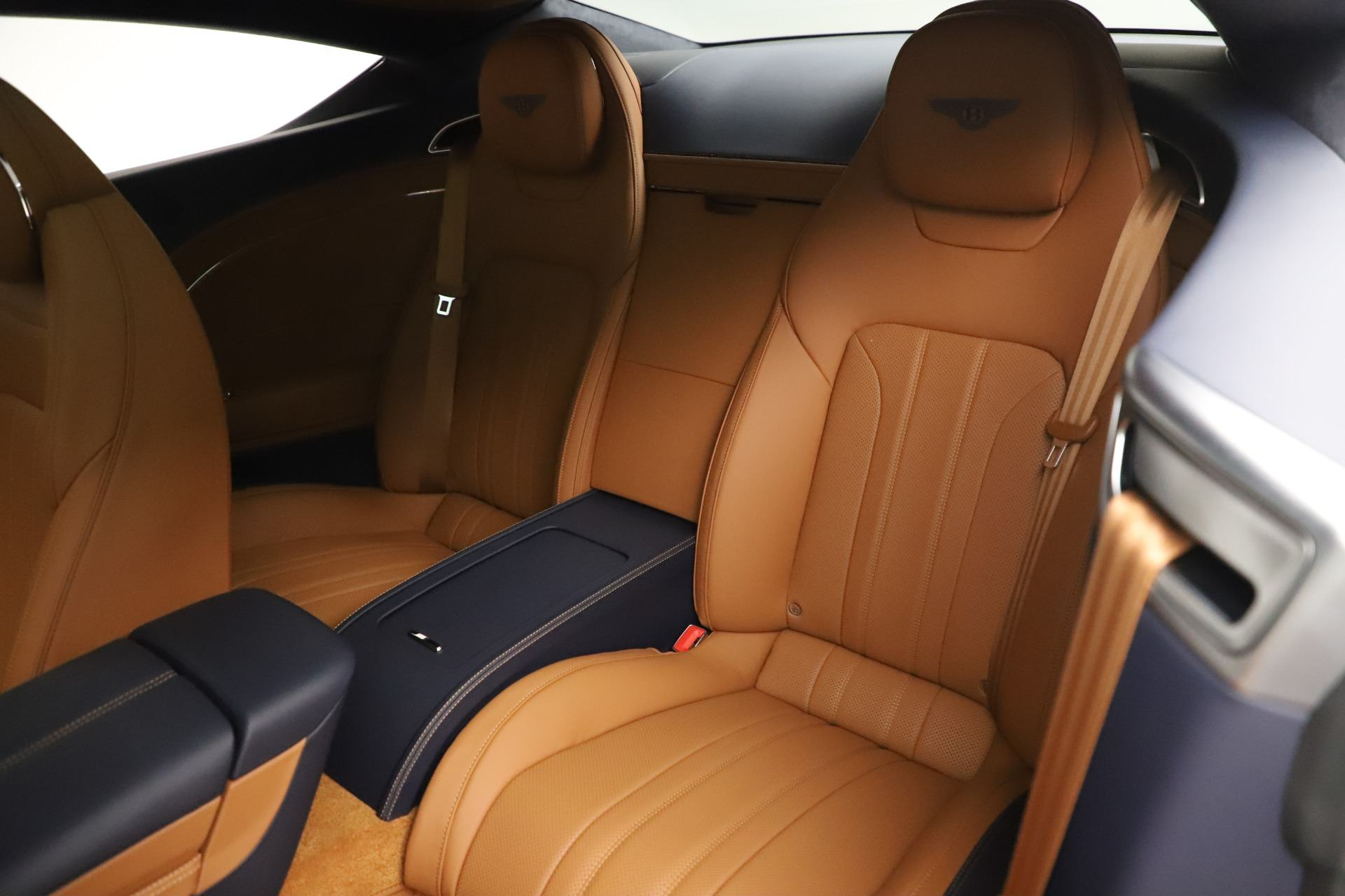 Bentley-Continental-GT-W12-Coupe-2020-2021-Muaxegiatot-vn-8