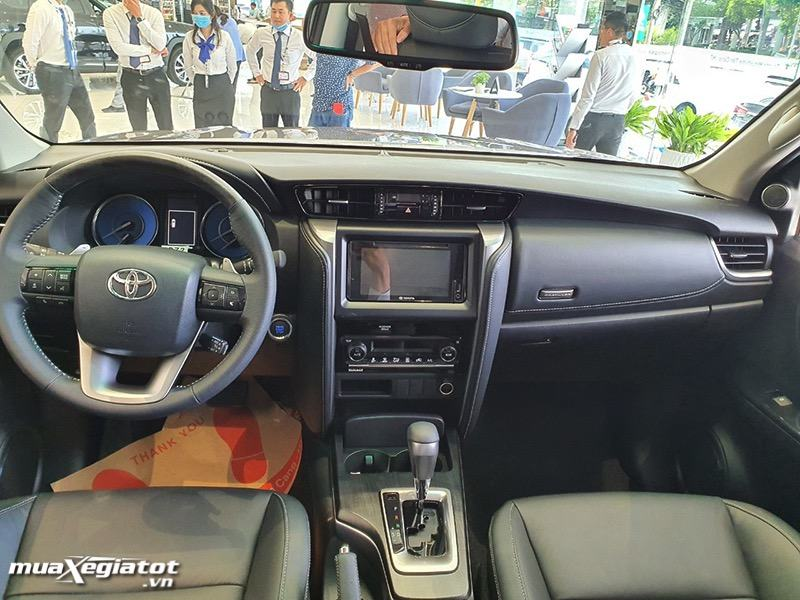 noi-that-xe-toyota-fortuner-2021-toyota-tan-cang-muaxegiatot-vn-10