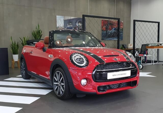 1-showroom-mini-cooper-le-duan-muaxegiatot-vn
